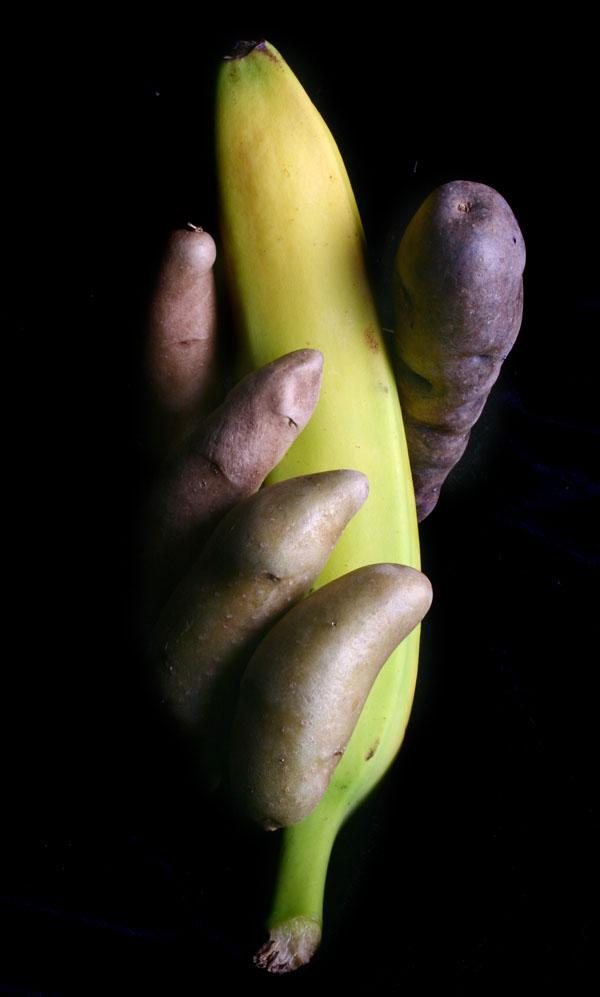 http://jeffballphotography.com/wp-content/uploads/2010/02/finger-potato-bannana-web.jpg